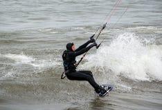 着陆风筝的房客 免版税库存图片