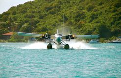 着陆水上飞机 库存照片