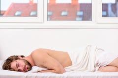 睡眠对您的物理和精神健康是重要的 健康睡眠习性 E 时刻为 库存图片