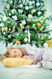 睡着在xmas 免版税库存图片