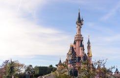 睡美人城堡,迪斯尼乐园巴黎的标志 库存图片