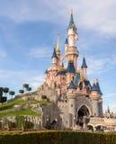 睡美人城堡,迪斯尼乐园巴黎的标志 免版税库存照片