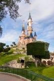 睡美人城堡,迪斯尼乐园巴黎的标志 免版税图库摄影