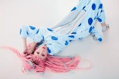 睡衣的女孩 免版税图库摄影