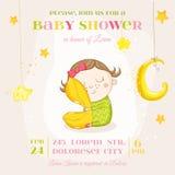 睡觉与枕头的女婴-婴儿送礼会或更改地址通知单 免版税图库摄影