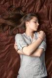 睡觉的女孩画象  免版税库存照片