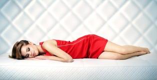 睡觉的女孩 免版税图库摄影