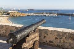 瞄准正弦的大炮海,葡萄牙 免版税库存图片