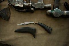 短的刀子或匕首老葡萄酒武器 图库摄影