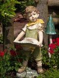 矮小的庭院地精 库存照片