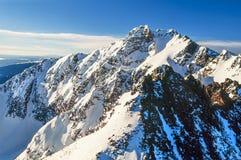 黄石公园山峰空中照片  库存照片