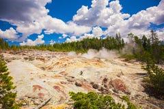 黄石公园 怀俄明 美国 喷泉 免版税库存图片