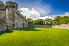石头中世纪城堡的视图  免版税图库摄影