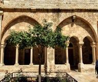 石头和木自然和寺庙在巴勒斯坦 库存图片