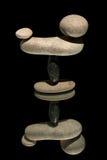石头缩放比例在镜子反射了 图库摄影
