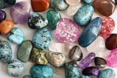 石头,色的水晶 免版税图库摄影