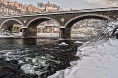 石桥梁和堡垒 库存图片