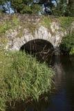 石桥梁在基拉尼国家公园,凯里郡 库存图片