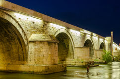 石桥梁在斯科普里,马其顿 库存照片