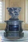 石棺约瑟夫・波拿巴在圣Loui大教堂里  库存照片