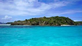石榴汁糖浆的海岛,多巴哥岩礁 免版税库存照片
