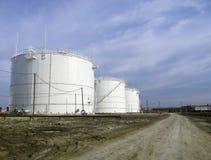 石油产品的储存箱 免版税库存照片