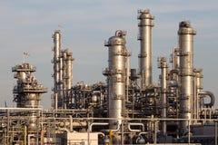 石油化学的工厂设备 免版税库存照片
