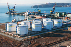 石油化学的终端 免版税库存图片