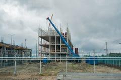 石油化工厂的建筑 Tobolsk 免版税图库摄影