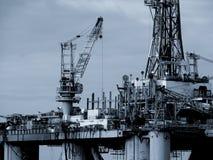 石油平台 免版税库存照片