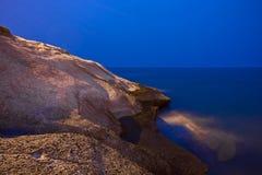 石海滩的夜视图在特内里费岛 免版税图库摄影