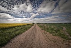 石渣漫长的路 免版税图库摄影