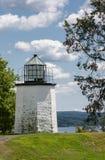 石灯塔的点 免版税库存图片