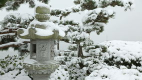 石灯笼雪 影视素材