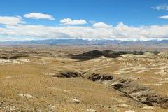 石灰岩地区常见的地形地形在西藏 免版税图库摄影