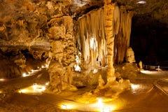 石灰岩地区常见的地形洞 库存照片