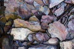 石灰石自然墙壁  免版税库存图片