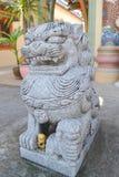 石狮子雕塑,保护的标志 免版税库存图片