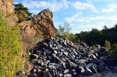 石猎物inlarvik,挪威一个晴天 免版税库存照片