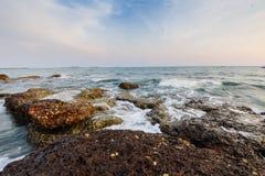 石美丽的清楚的海05 免版税图库摄影