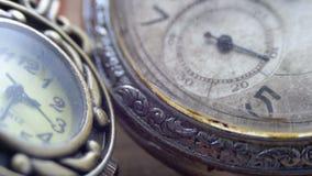 石英和机械时钟 股票录像