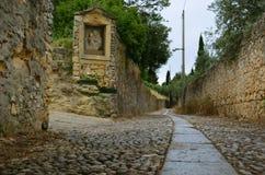 石道路在北意大利 库存图片