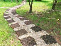 石道路在室外公园 免版税库存照片
