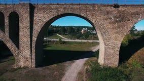 石铁路桥的空中射击 影视素材