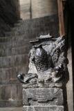 石雕刻在古老建筑学,鲤鱼跳跃的龙gateï ¼ Œshanxiï ¼ Œchina 免版税库存照片