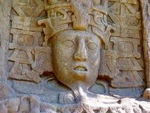 石雕刻在墨西哥的加勒比海岸的玛雅废墟 图库摄影