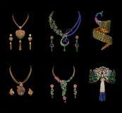 钻石项链拼贴画与耳环的 库存图片