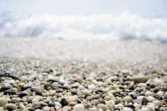 石头和海运 免版税图库摄影