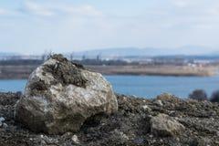 石头在修理期间的公园 免版税库存照片