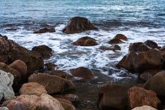 石头在海或海洋 库存图片